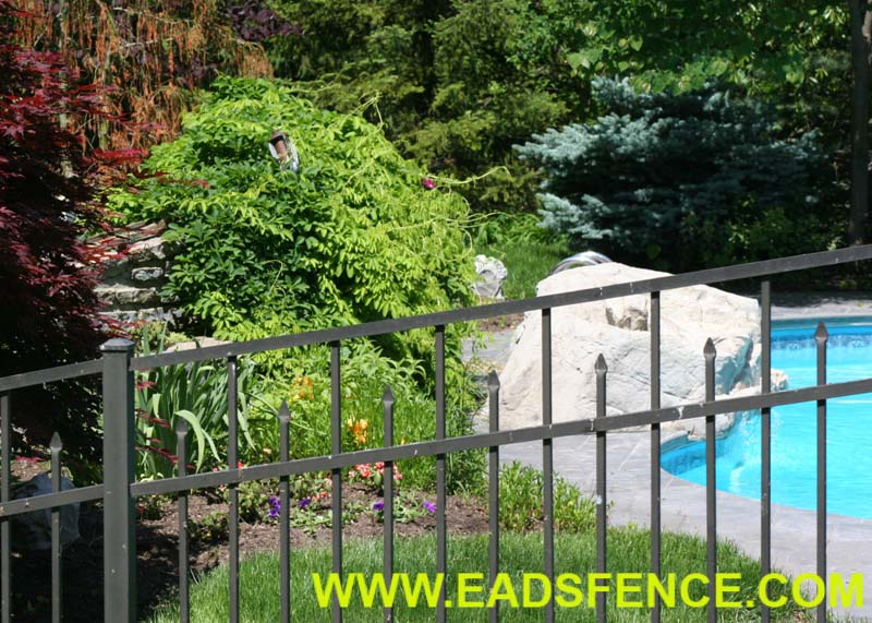 Show products in category Pool Fences