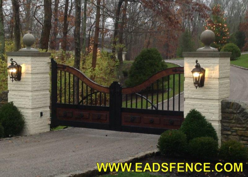 Beautiful Wood/Steel Entry Gates by Eads GateWorks