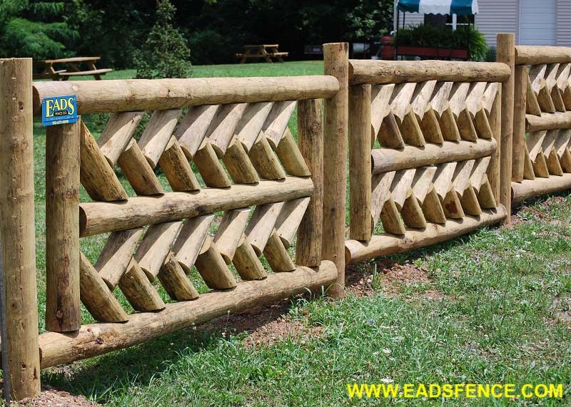 Show products in category Wood Custom Fences