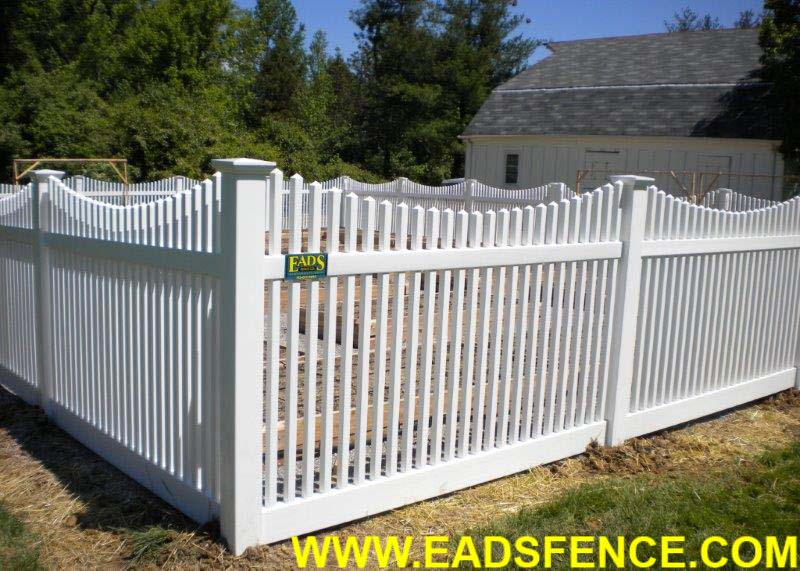 ActiveYards Haven Series Chestnut Scallop Vinyl Picket Fence with New England Post Caps