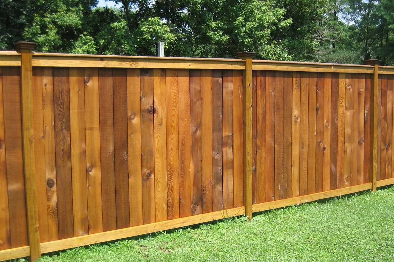 Ohio fence company eads fence co good neighbor privacy for Fences privacy